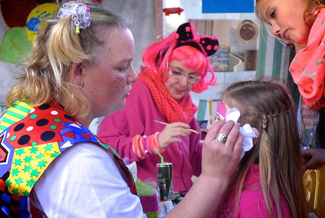 schmink op het festival
