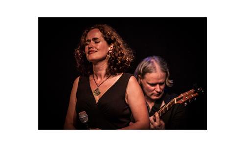 Chocoladefestival Zutphen: Muziek door: Marlies Claasen en de band van Tom Klein